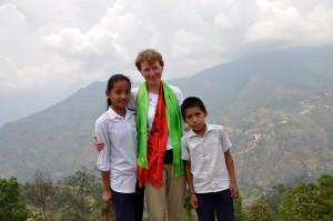Pia med skolebørn